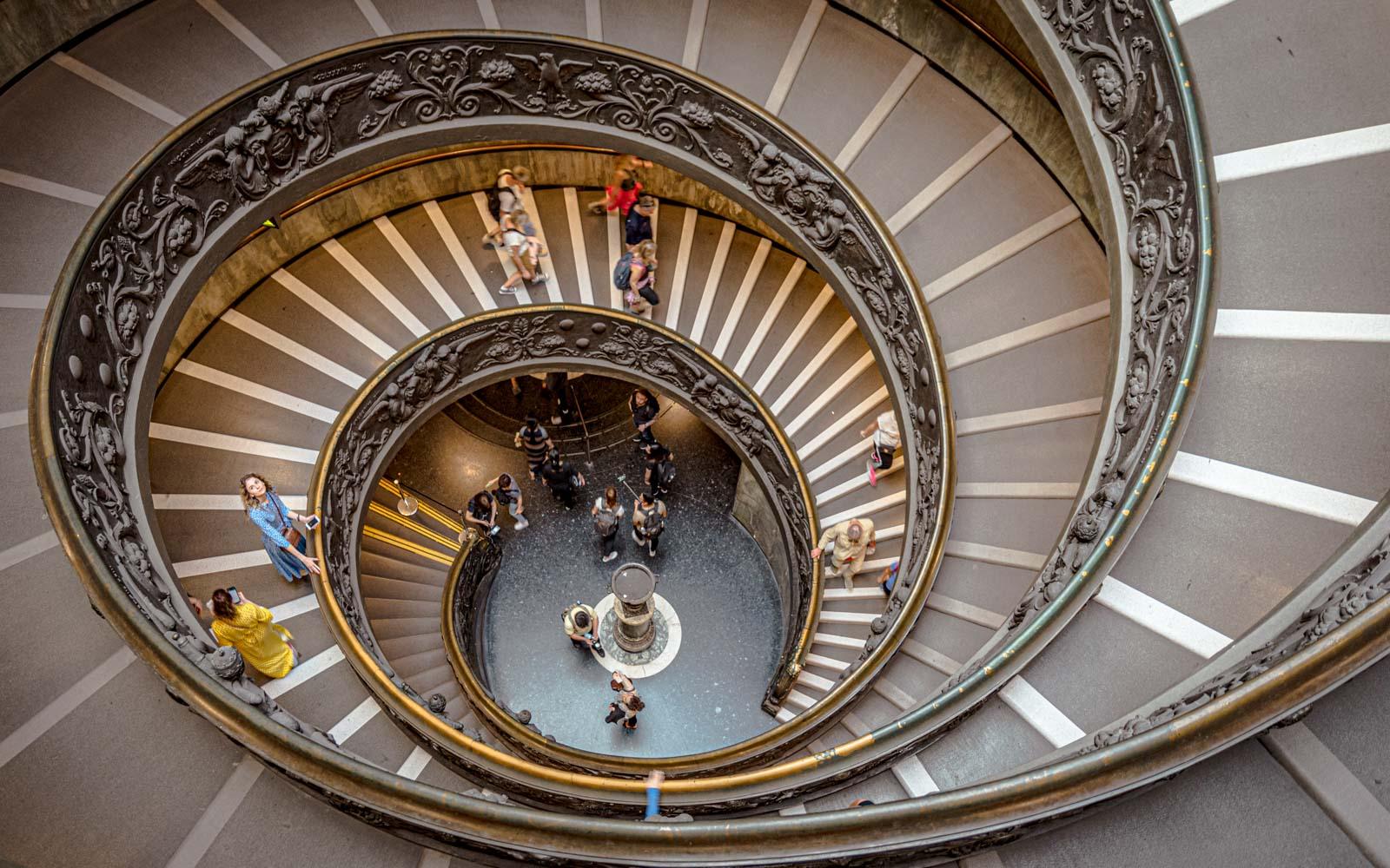Scala a chiocciola dei musei Vaticani